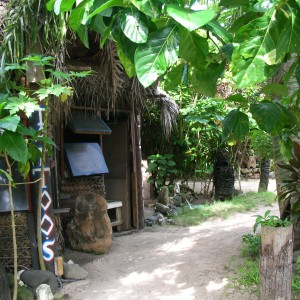 16-stalls-at-tiki-village